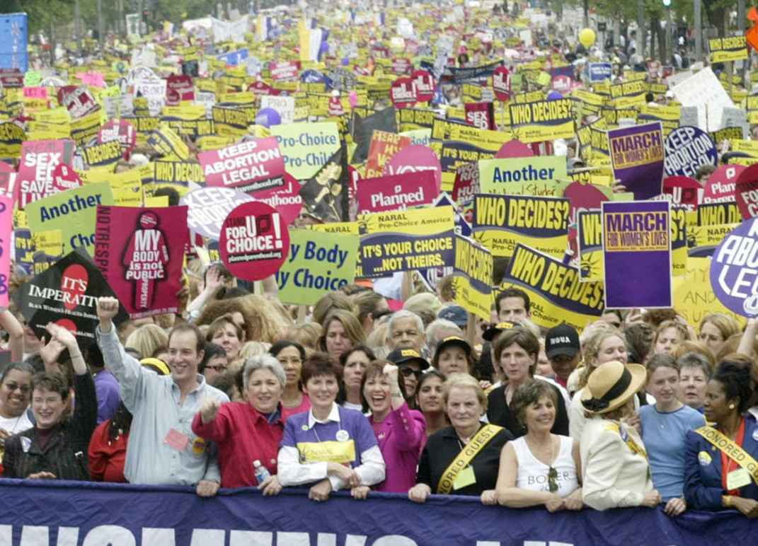 Protesters in favor of reproductive rights